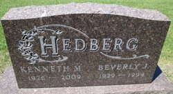 Beverly J <i>Helseth</i> Hedberg
