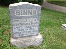 Thomas B Binns