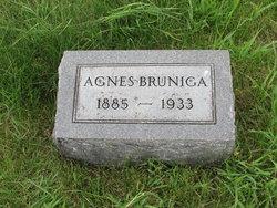 Agnes <i>Mapes</i> Bruniga