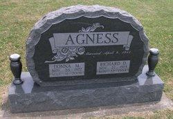 Richard D Agness