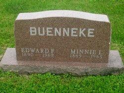 Wilhelmina L Minnie <i>Hagge</i> Buenneke