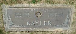 Daryl <i>Hoar</i> Bayler