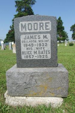 Alice M <i>Bates</i> Moore