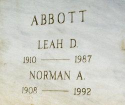 Leah D Abbott