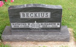 Elizabeth Maxine Betty <i>Dougherty</i> Beckius