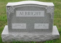 Annie Susanna <i>Fuhrman</i> Albright