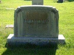 Rose <i>Bell</i> Bedford