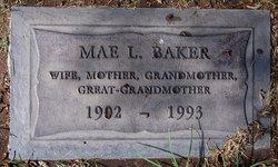 Mae <i>Lynn</i> Baker
