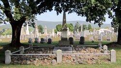 Gnaden Huetten Cemetery