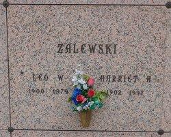 Harriet Helen <i>Ziarniak</i> Zalewski