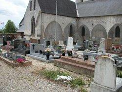 Saint Aubin-le-Cauf Churchyard