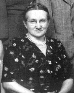 Lottie B. <i>Bahme</i> Holt