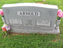 Vickie Lynn <i>Ferguson</i> Arnold