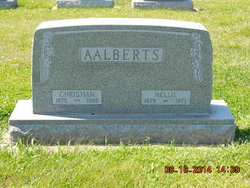 Nellie Aalberts
