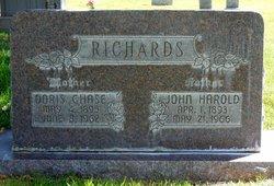 Doris Elizabeth <i>Chase</i> Richards