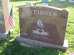 Wayne R Bleidner