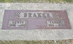 Carrie <i>Olson</i> Brakke