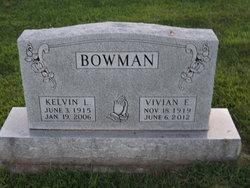 Vivian W. <i>Straub</i> Bowman