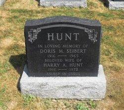 Doris <i>Seibert</i> Hunt