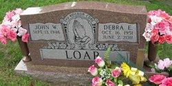 Debra E Loar