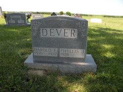Harold Dever