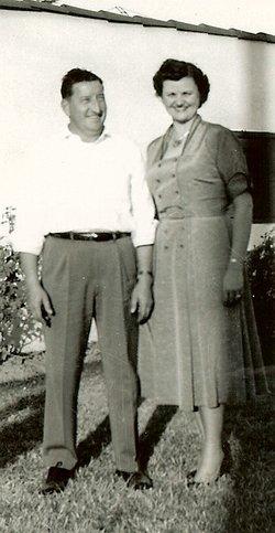 Betty Jo <i>Newton</i> Ewert
