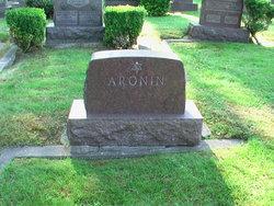 Celia <i>Onikel</i> Aronin