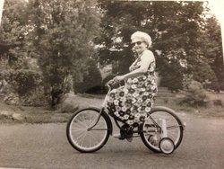 Edna Margaret Margo <i>Senseney</i> McHugh