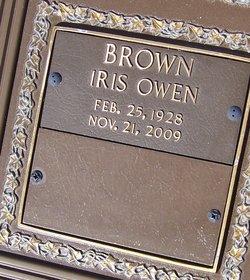 Iris <i>Owen</i> Brown