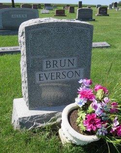 Carroll Lynne <i>English</i> Brun Everson