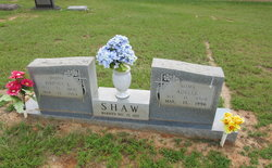 Adelle <i>Willis</i> Shaw