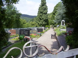 Oberschlettenbach Cemetery