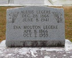 Eva <i>Mouton</i> Legere