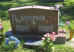 Alice May <i>Tetzlaff</i> Schultz