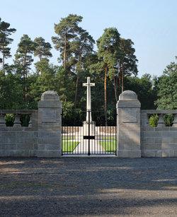 S�dwestfriedhof der Berliner Synode (Military)