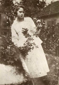 Inez Kay <i>Spain</i> Broom