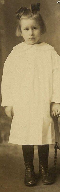 Ruby Lois <i>Hamlin</i> McConnell