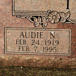 Audie <i>Luther</i> Tilton