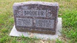 Evelyn Barbara <i>Melzer</i> Brodeur