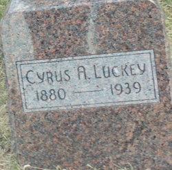 Cyrus Luckey
