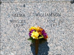 Velma J <i>Zachry</i> Williamson