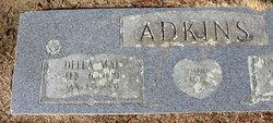 Della Mae <i>Farmer</i> Adkins