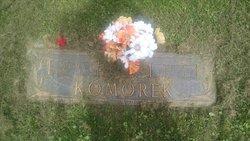 Bessie A Komorek