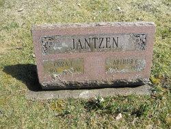 Cora L <i>White</i> Jantzen