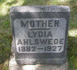 Lydia <i>Leischow</i> Ahlswede
