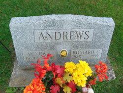 Vonda Lois <i>Bessette</i> Andrews
