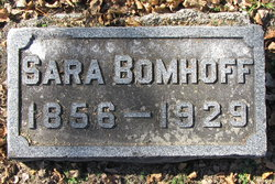 Sara <i>Foltz</i> Bomhoff