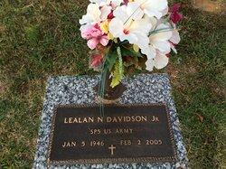 Lealan Nova Davidson, Jr