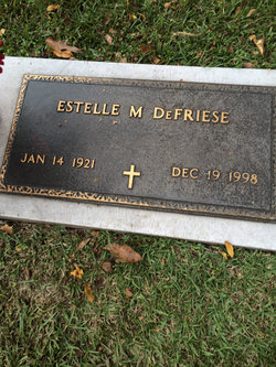 Estelle <i>Moore</i> DeFriese