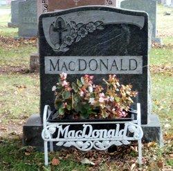 Irene Dunn <i>Sanphy</i> MacDonald